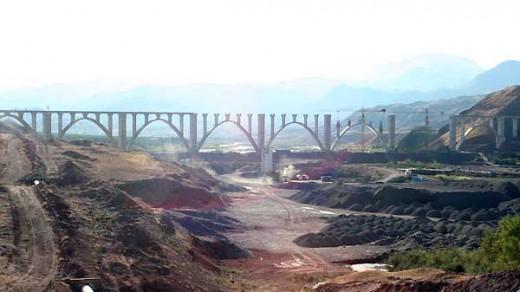 پل های کیلومتر ۸۷ تا ۱۰۷ راه آهن قزوین-رشت